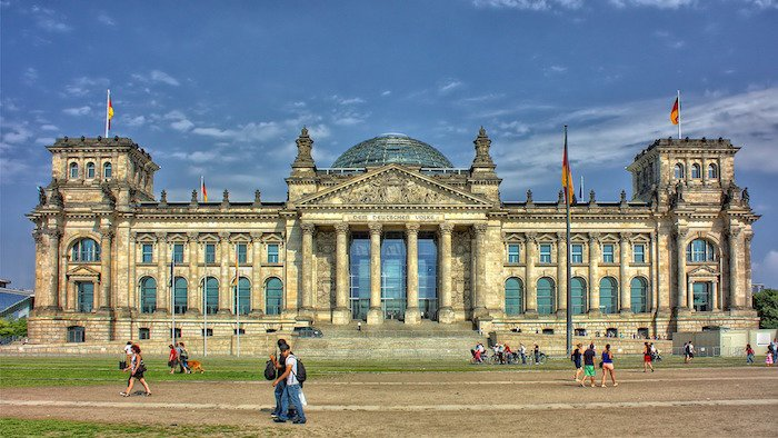 berlin-reichstag-Nws7yy.jpg